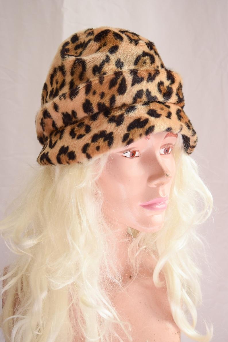 d4105aa81b95d 1960s Hat Betmar Vintage 60s Leopard Faux Fur Hat Animal