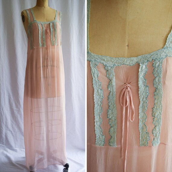 7e9781b07f6190 1920s Nightgown Daphne Vintage 20s Pink Silk Nightdress