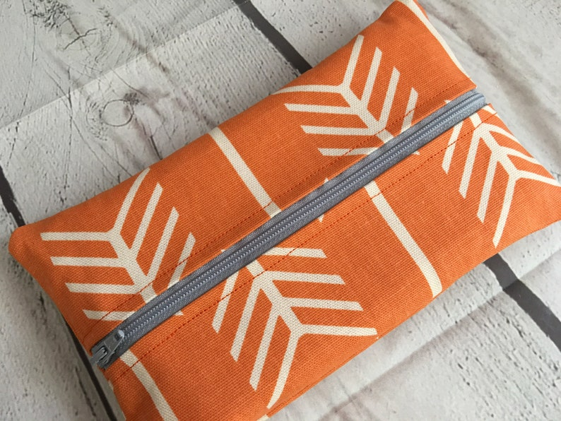 WIPE Case Cover  . Arrows in Orange .. Zippered