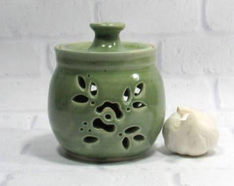 Garlic Jar - Garlic Keeper - Kitchen Organization - Kitchen Canister - Storage Jar - Candy Jar - Pottery Jar - Ceramic Canister
