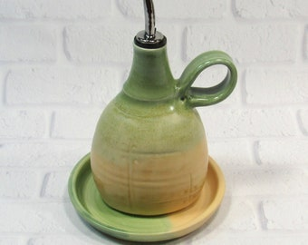 olive oil dispenser - Olive oil bottle - Olive oil cruet - ceramic oil bottle - vinegar dispenser - olive oil pourer