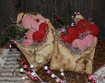 Primitive Pattern EPATTERN Folk Art Primitive Valentine Envelope and Hearts Tucks Bowl Fillers Ornies
