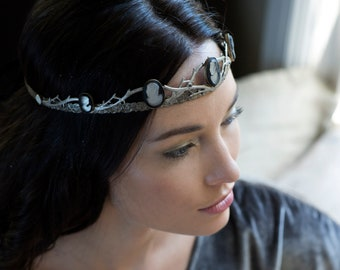 Society's Child Cameo bridal crown - No. 2243