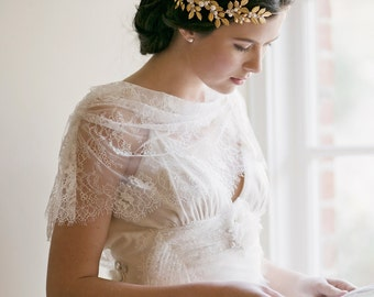 Bridal crown, hair accessory, wedding accessory, tiara - Octavia 1910