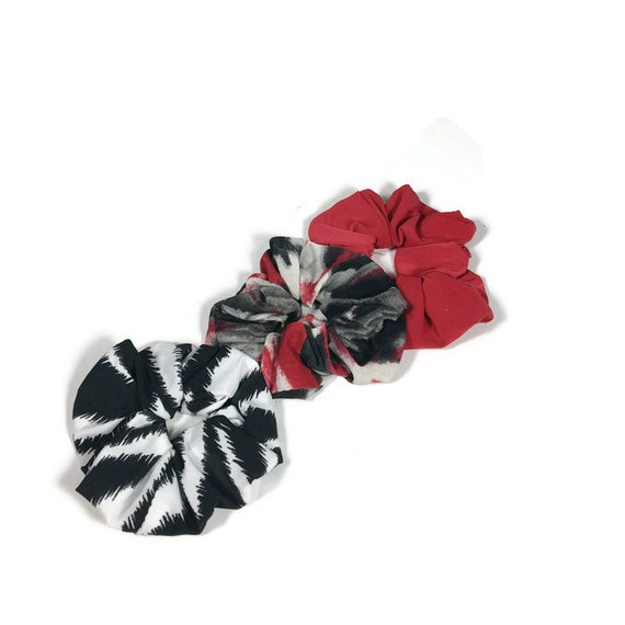 b6085e89d45b Lycra Scrunchie Red Black White Gray Hair Tie Hair Scrunchie   Etsy