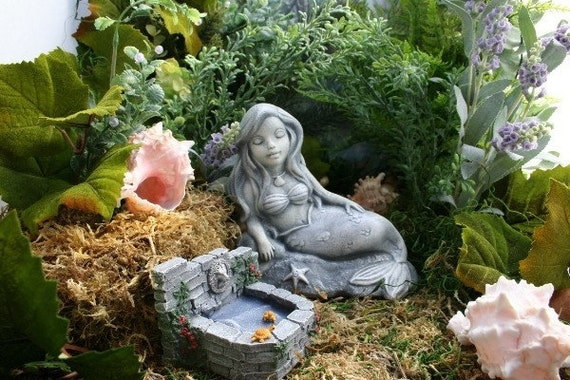 Charming The Little Mermaid Garden Statue Concrete Sculpture Art