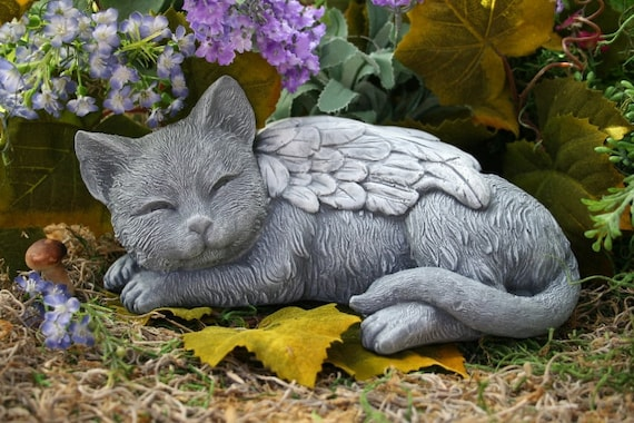 Gentil Angel Cat Statue Cat Memorial Garden Sculpture In Concrete | Etsy