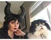 Malificent, Malificent horns, Horns, Horn headdress, Feather, Feather headdress, Cosplay, Handmade, Disney bounding, Halloween