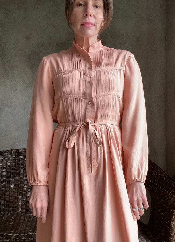 Vintage dusty peachy pink silk dress - image 7