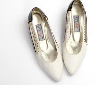 size 6.5 | Vintage Stuart by Stuart Weitzman Leather Shoes | Vintage Two Tone Leather Pumps | 37