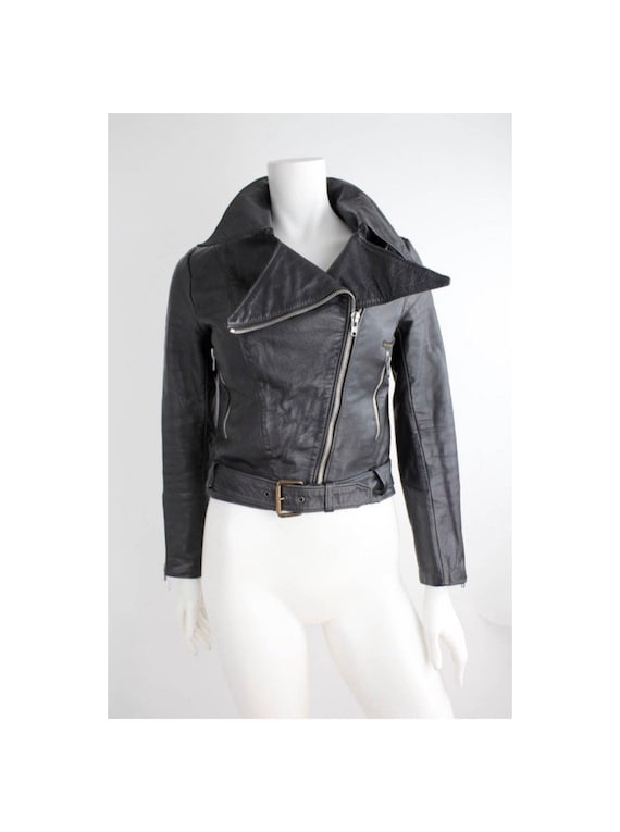 The PERFECT Black Leather Jacket  | Pointed Collar