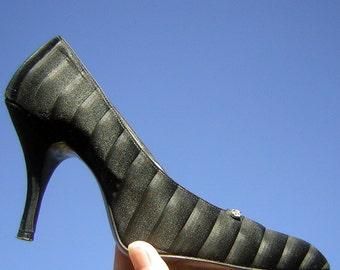 Vintage 60s Heels Black Silk Tuxedo Stilettos Formal & Fancy - Womens Shoes US 6 1/2  Euro 37