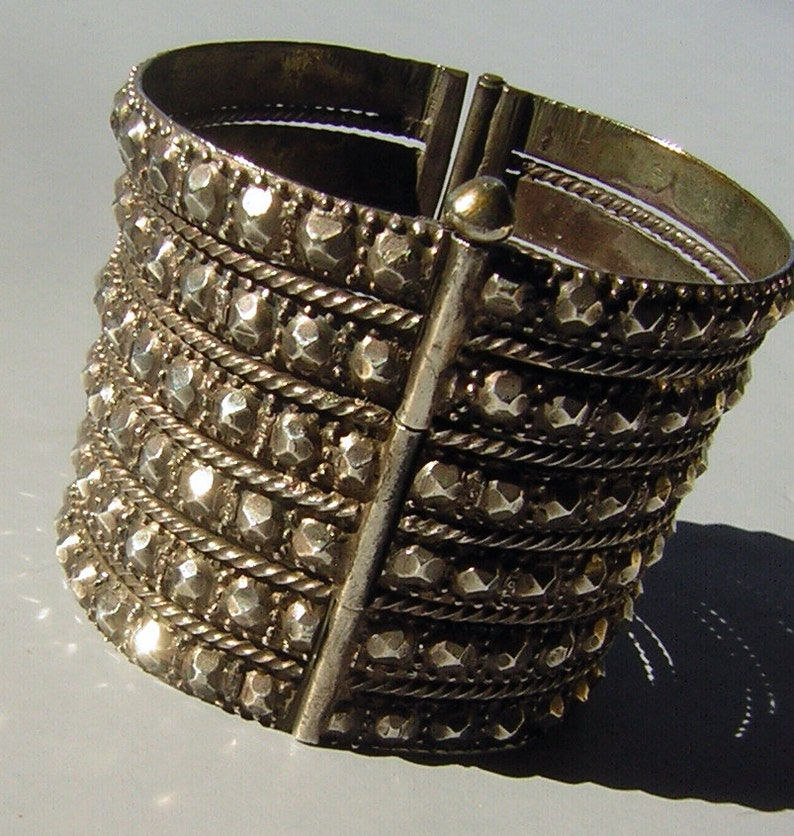 Vintage Sindhi Cuff Bracelet Large Silver Wide & Bold with Texture 8