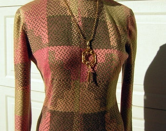 Maxi Dress Curvy Wool Knit Pink & Mocha Industrial Matrix Weave Vintage 70s   - S to M