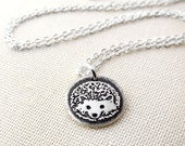 Tiny hedgehog necklace in silver, gift for daughter or mom, cute hedgehog jewelry