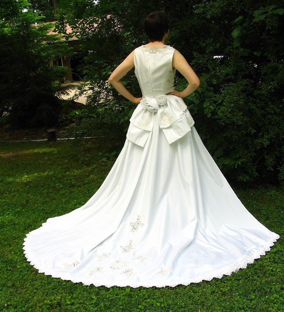 Detachable Trains For Wedding Gowns: Eco Wedding Dress With Detachable Train Upcycled