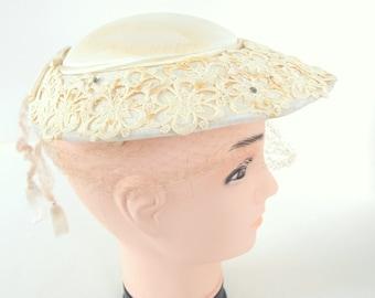 Vintage Wide Brimmed Ivory Clip Hat with Birdcage Veil