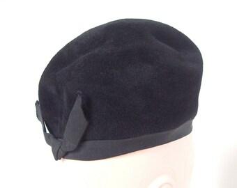 Vintage Black Felt Bubble Beret Pillbox Hat