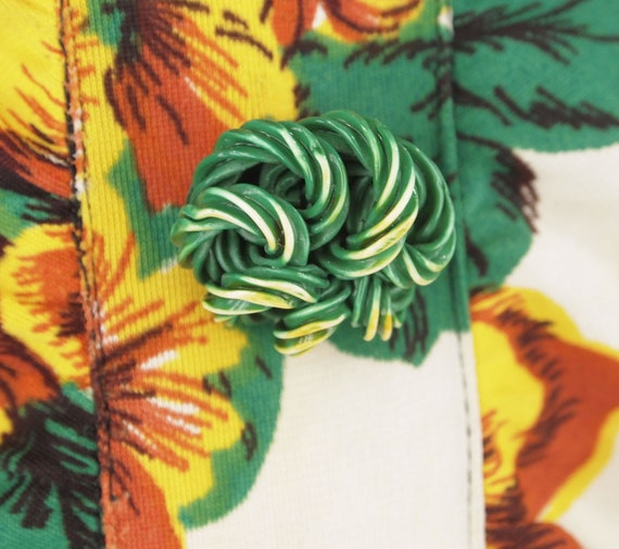 40s Yellow Flowered Rayon Jersey Knit Dress WWII-… - image 5