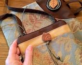 Set-Tapestry Zipper Top C...