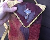 Secret Key Cross Body Tap...