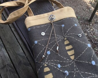 Tapestry Carry Case