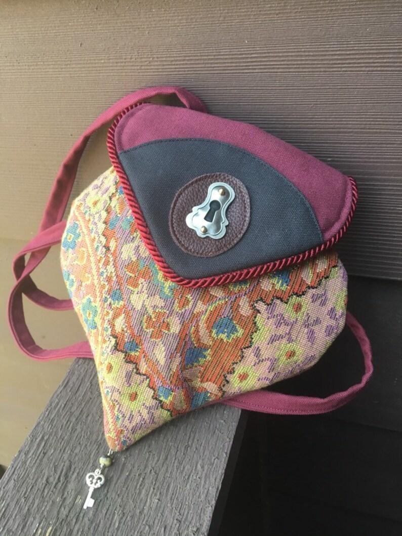 Lock And Key Tapestry Soulder Pocket image 0