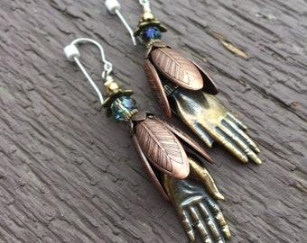 Leafy Tinkling Lady Fingers Dangling Earrings