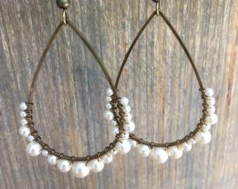 Cream Pearl Teardrop Earrings