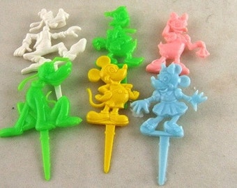 Set of 6 Vintage Disney Cupcake Picks - Pluto, Goofy, Mickey, Minnie, Donald and Daisy - Licensed -Birthday Candle Holders     (DR-030)