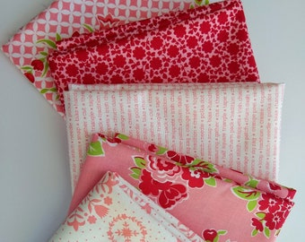 Bonnie and Camille Blush and Red Fat Quarter Bundle - SALE 5 Fat Quarters  - FQ Bundle - Bonnie and Camille fabrics - Cotton Quilting Fabric