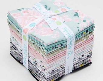 Mary Elizabeth Fat Quarter Bundle (21 pieces) by Christopher Thompson (The Tattooed Quilter) for Riley Blake Designs (FQ-7920-21)