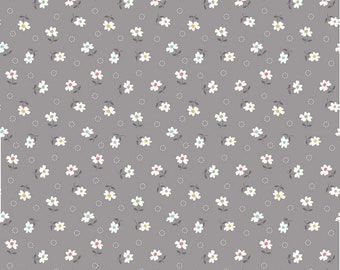 Farm Girl Vintage Daisy Gray by Lori Holt (Bee in My Bonnet) (C7877-GRAY)