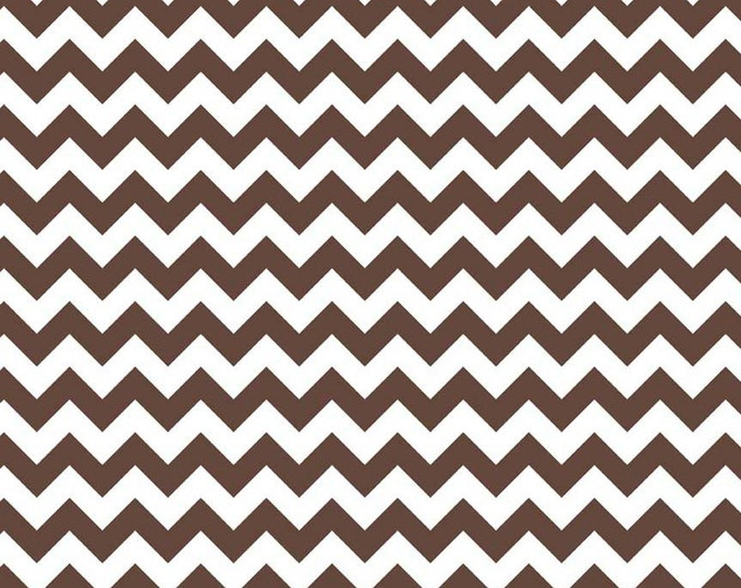 Riley Blake Designs, Small Chevron in Brown (C340 90)