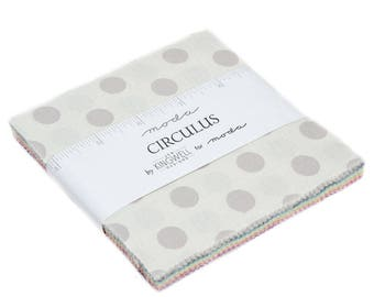Circulus by Jen Kingwell (18131PP) - Charm Pack - Polka Dot Fabric