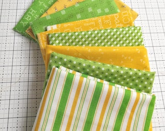 SALE - Lori Holt Green and Yellow Fat Quarter Bundle - 8 Fat Quarters - Various Lines - Green and Yellow Prints