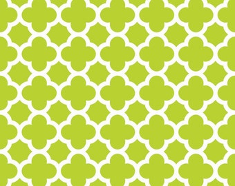 Quatrefoil in Lime (C435-32) - Fat Quarter