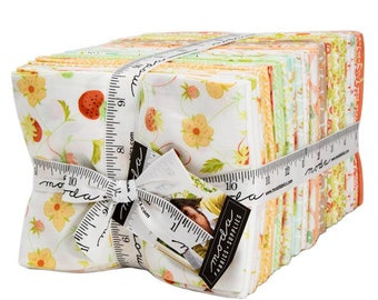 IN STOCK: Chantilly Fat Quarter Bundle by Fig Tree Quilts (20340AB) for Moda