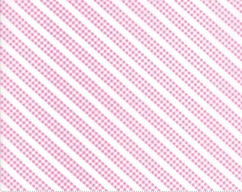Sunnyside Up Bias Gingham in Kismet (Pink) by Corey Yoder (Little Miss Shabby) for Moda (29058 28)