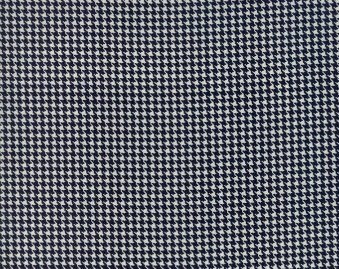 Authentic Etc (5672 12) Black Hounds Tooth by Sweetwater - 1/2 yard piece