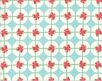 Sweet Christmas - Presents - Coolmint (31157 21) Urban Chiks Sweet Christmas for Moda - Quilting Fabric - Cut Options Available
