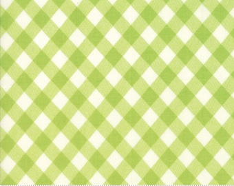 Basics (55124 34) Vintage Picnic Gingham Green Bonnie & Camille