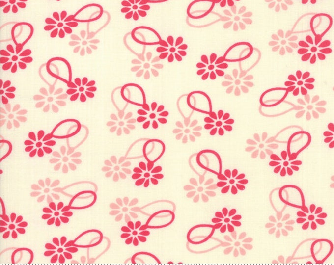 Cheeky Rose and Sweet Cream Daisy Chain by Urban Chiks for Moda Fabrics (31141 11)