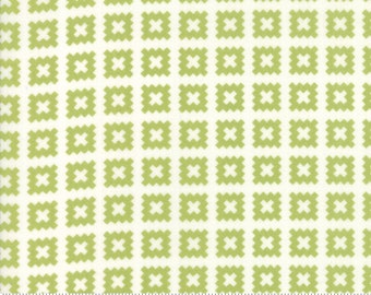 Little Snippets Green Quilt Blocks by Bonnie & Camille for Moda Fabrics (55184 14)