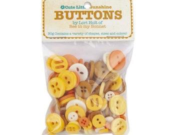Lori Holt Cute Little Buttons Sunshine Assortment -  Contains 30g of Yellow Buttons