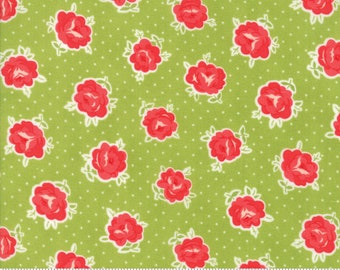 Smitten Green Lovely Bonnie & Camille (55177 16) Bonnie and Camille Smitten for Moda Fabrics