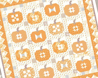 Pumpkins and Cream pattern by Fig Tree & Co. (FTQ 1465)