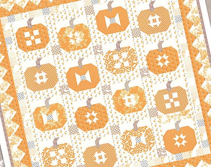 Pumpkins and Cream pattern by Fig Tree & Co. (FTQ 1465)