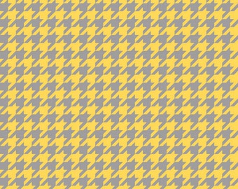 Houndstooth Print Fabric - Yellow & Gray - (C980-11) - 1/2 yard piece - Riley Blake Designs