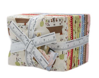 Cottontail Cottage (2920AB) by Bunny Hill Designs - Fat Quarter Bundle (30 FQ's)